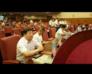 中医药文化工作委员会理事,中医药文化中心主任韩冠军和中医药文化工作委员会主任李龙飞先生在北京